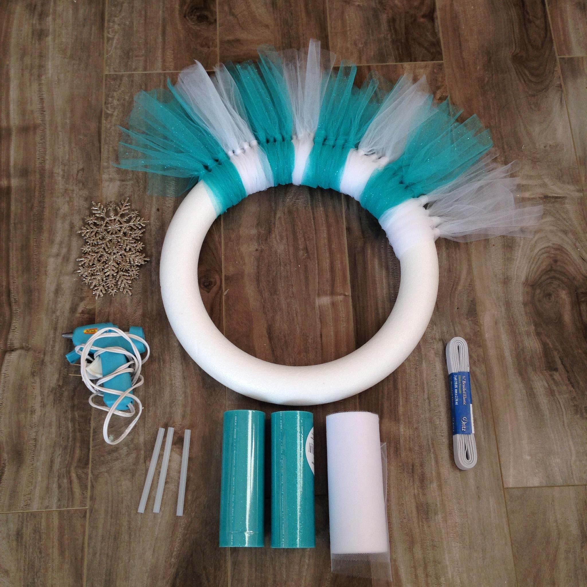 DIY Frozen Inspired Tulle Wreath!