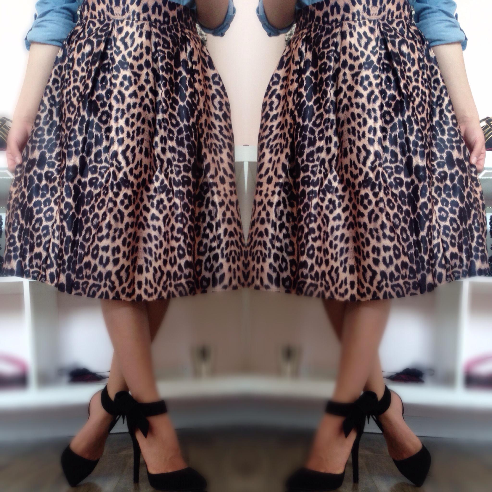 El Rincón De Rachel Rosegal Tropical Print Midi Skirt Snake Effect Bag Vine Style Necklace Outfit Look